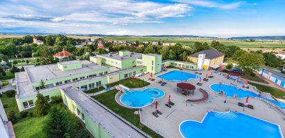 Školský výlet v termálnom a liečebnom  aquaparku Číž